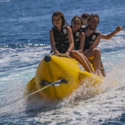 Parachute-ascentionnel-bouée-banane-ski-wakeboard-cannes-mandelieu