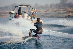 wakeboard-wakesurf-wakeskate-skinautique-boatevasion